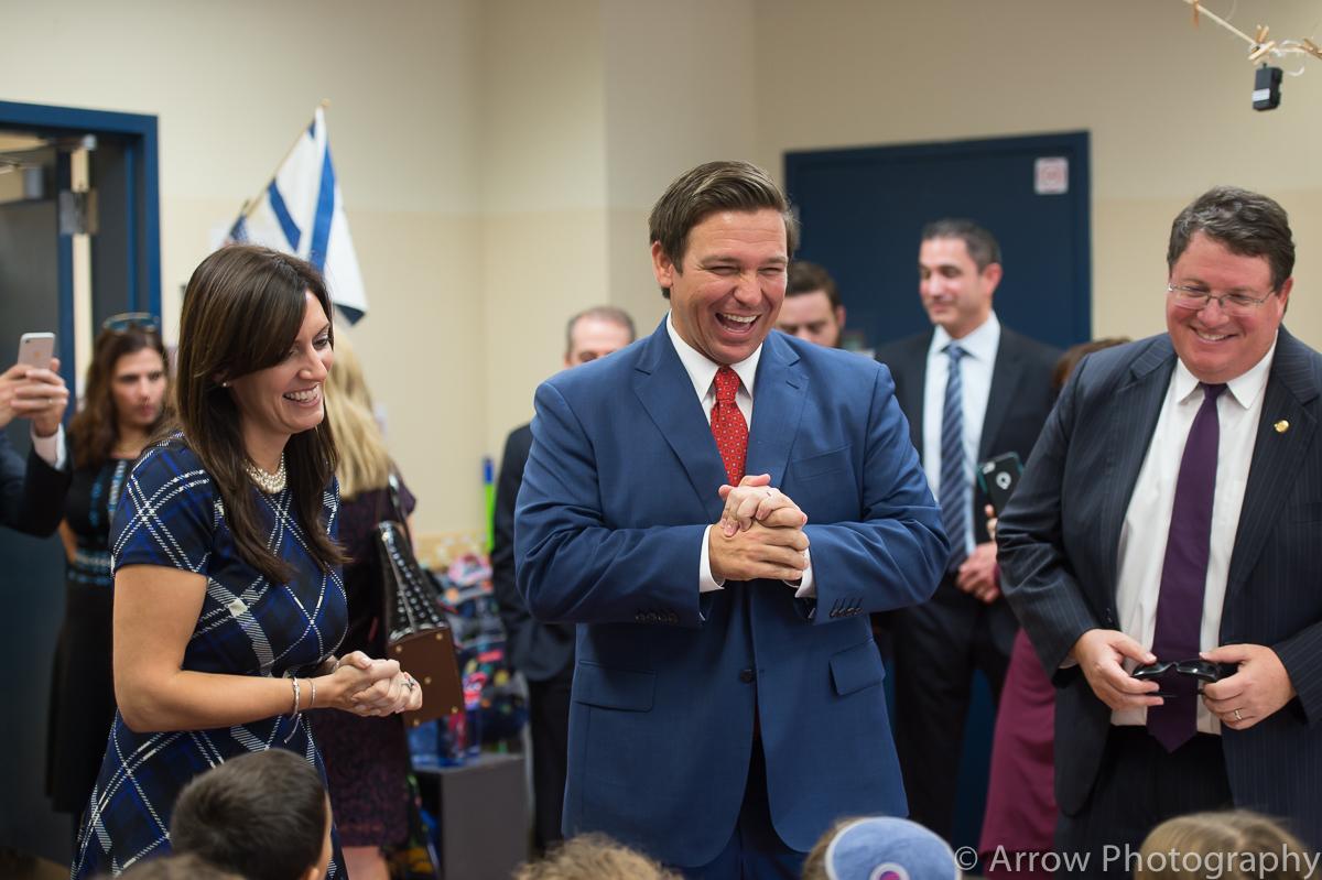 DeSantis-Jewish-Day-School-visit-4-Large.jpg