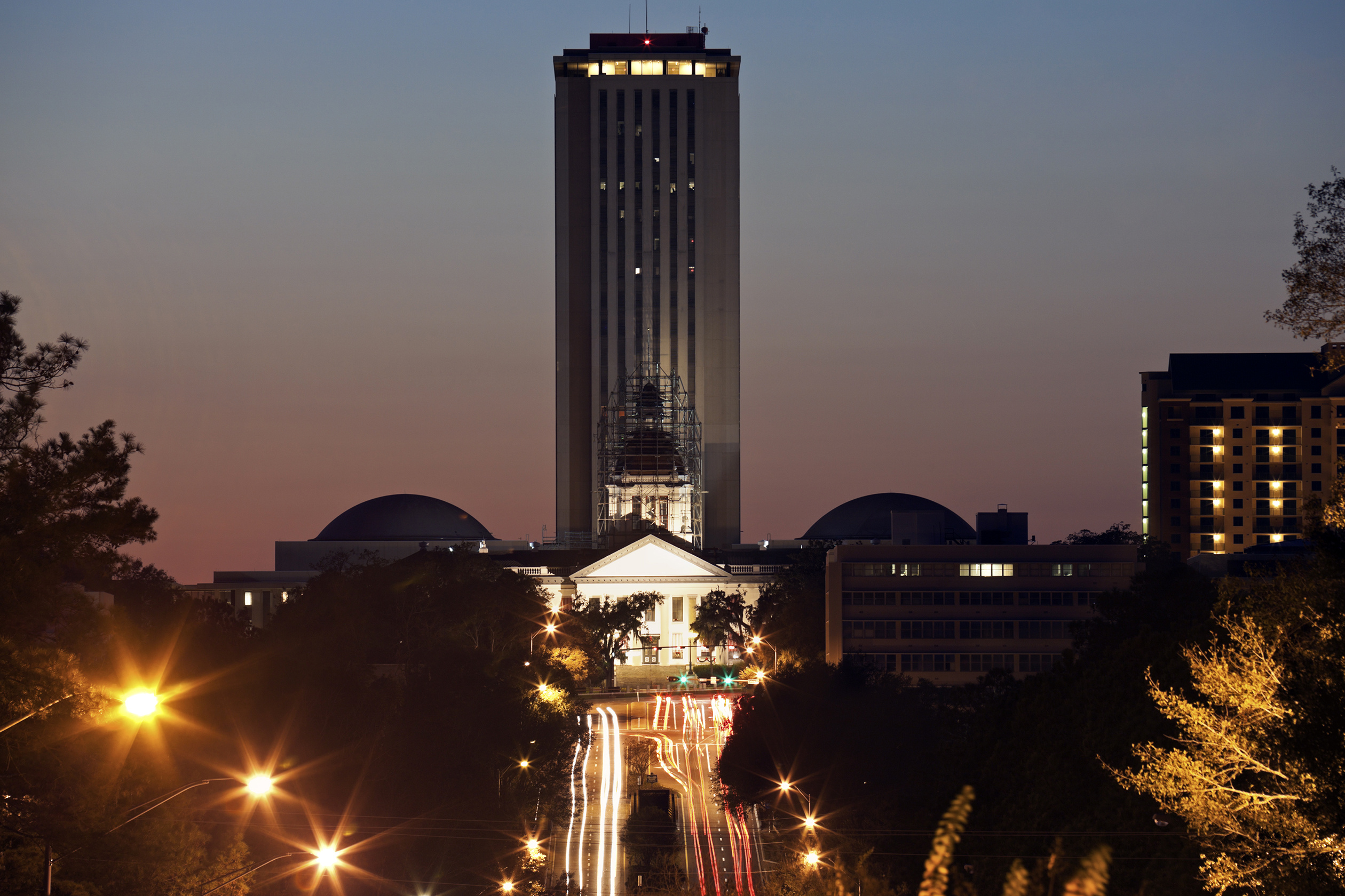 tallahassee-night-capitol.jpeg