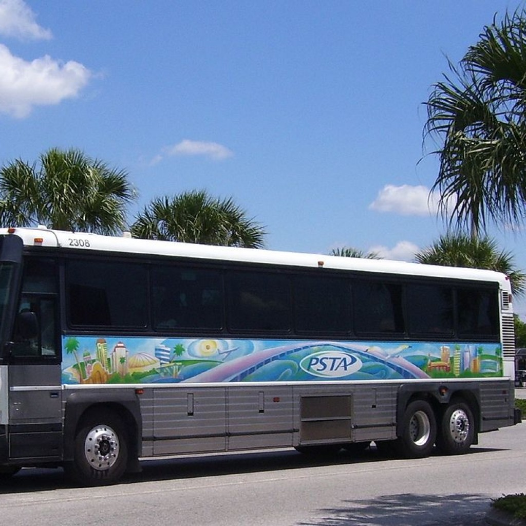 1280px-PSTA_motorcoach_2308-1024x1024.jpg