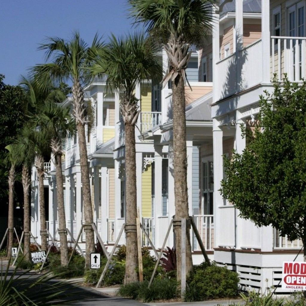 Florida_Affordable_Housing_1200_831_80-1024x1024.jpg