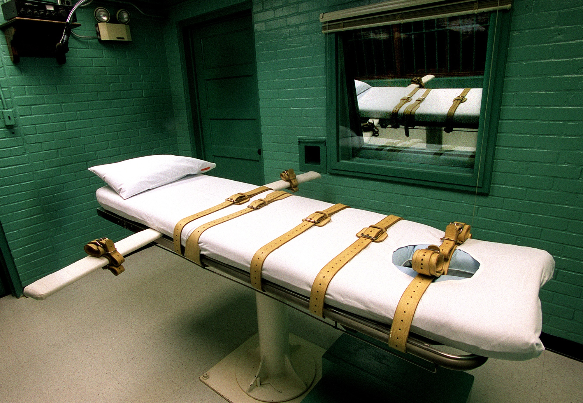 Martin Dyckman: Lingering questions should end death penalty in