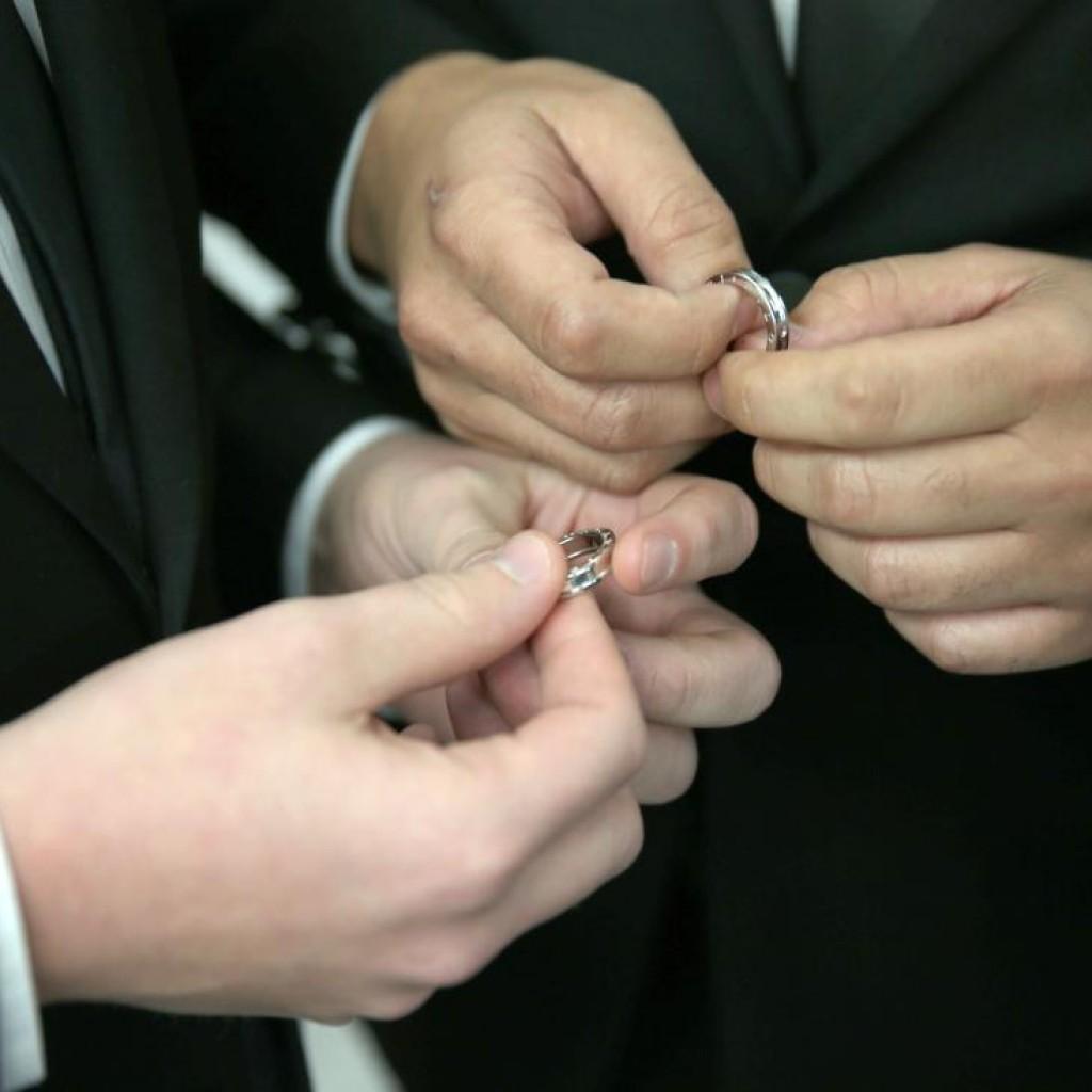 gay-marriage1-1024x1024.jpg