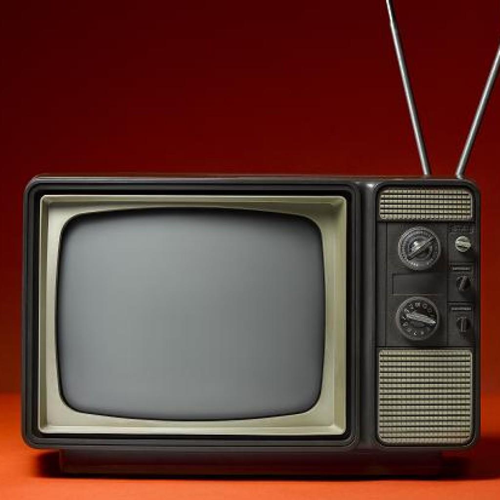vintage-television-1024x1024.jpg