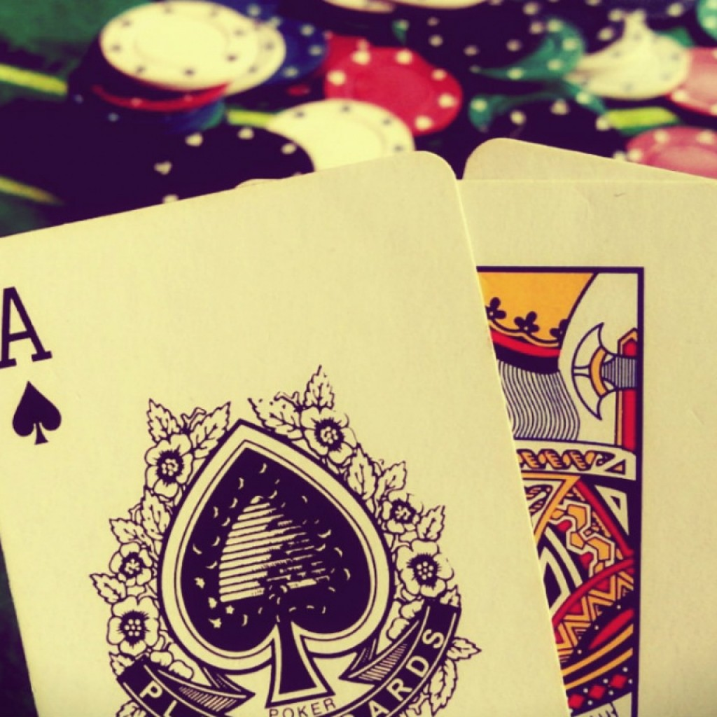 gambling-wallpaper-1366x768-1024x1024.jpg