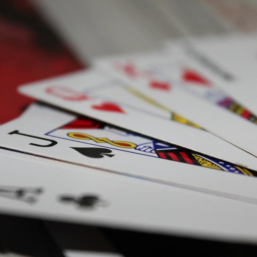 cards-166440_1280-1024x1024.jpg
