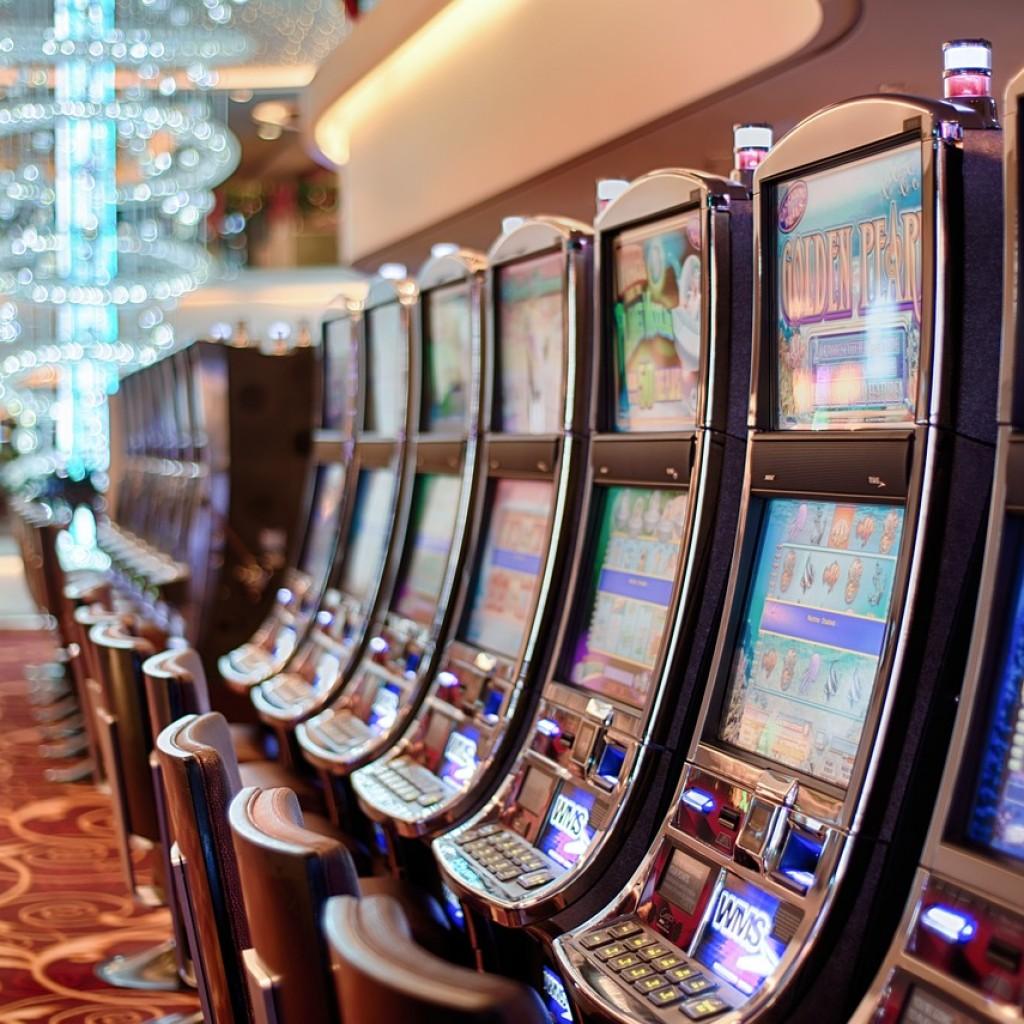 gambling-602976_1280-1024x1024.jpg
