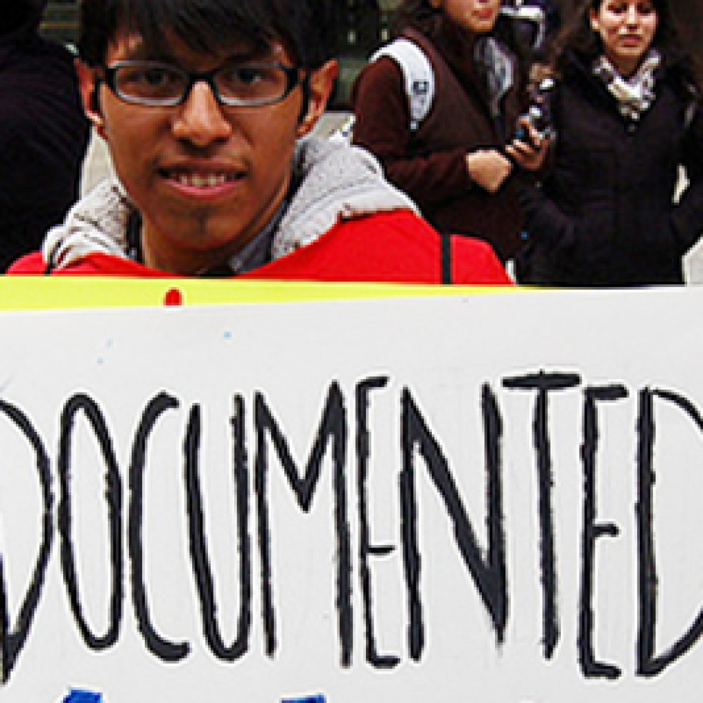 Colorado-Eighth-State-to-Give-Undocumented-Immigrants-Driver's-Licenses-banner