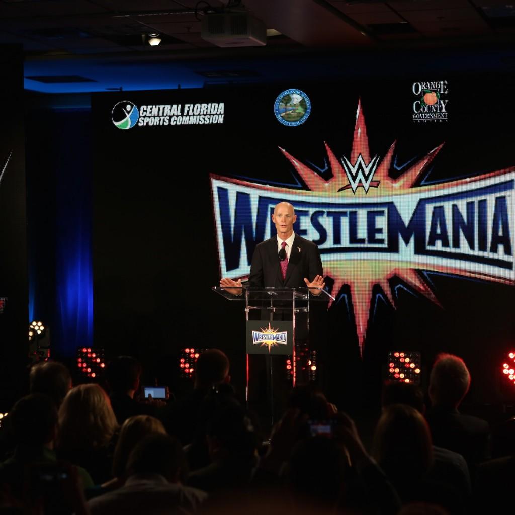 WWE_3-1024x1024.jpg