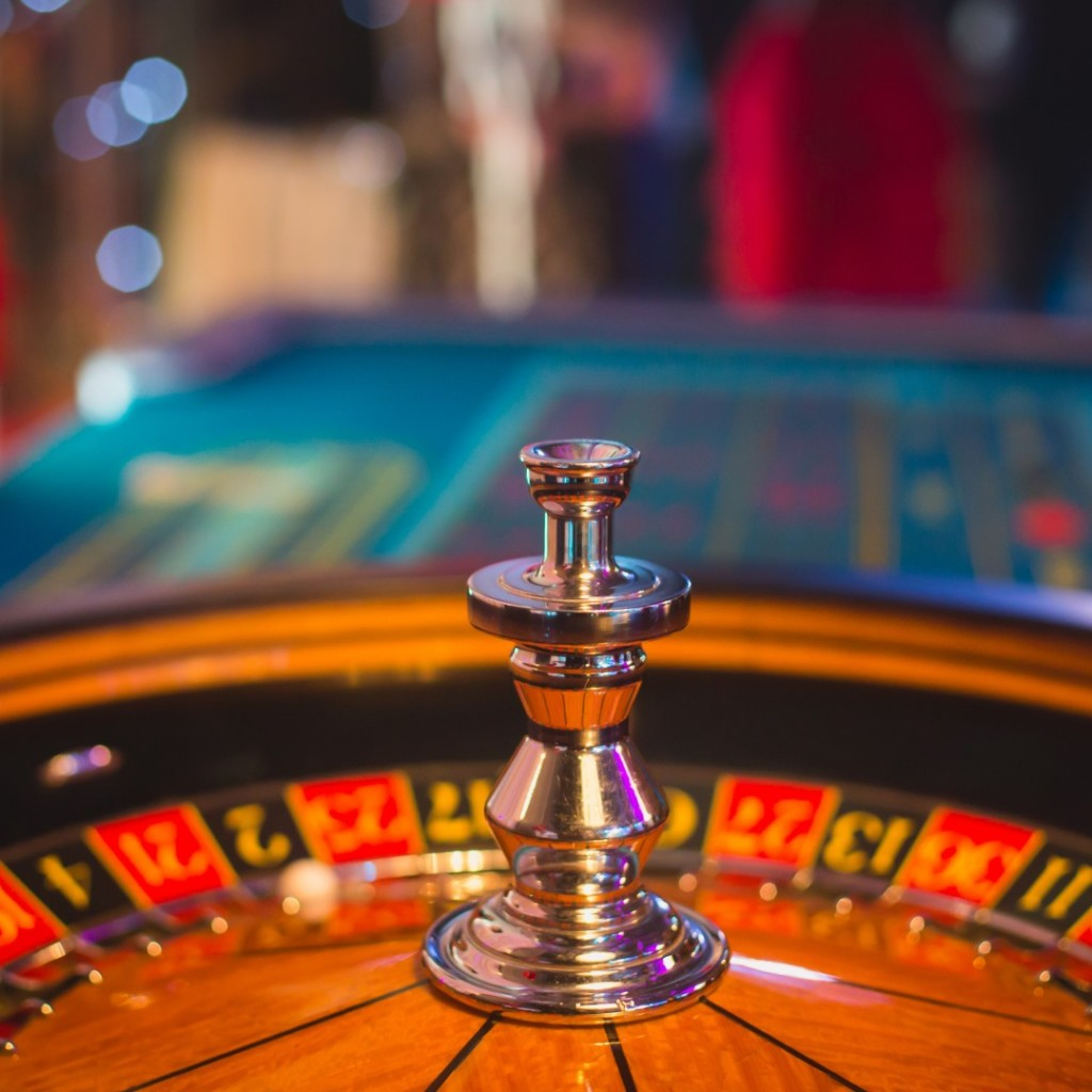 gambling roulette (Large)