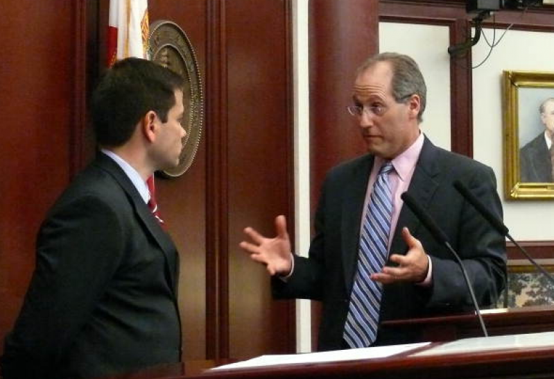 Amendment 4 leader Desmond Meade tells Tampa conference