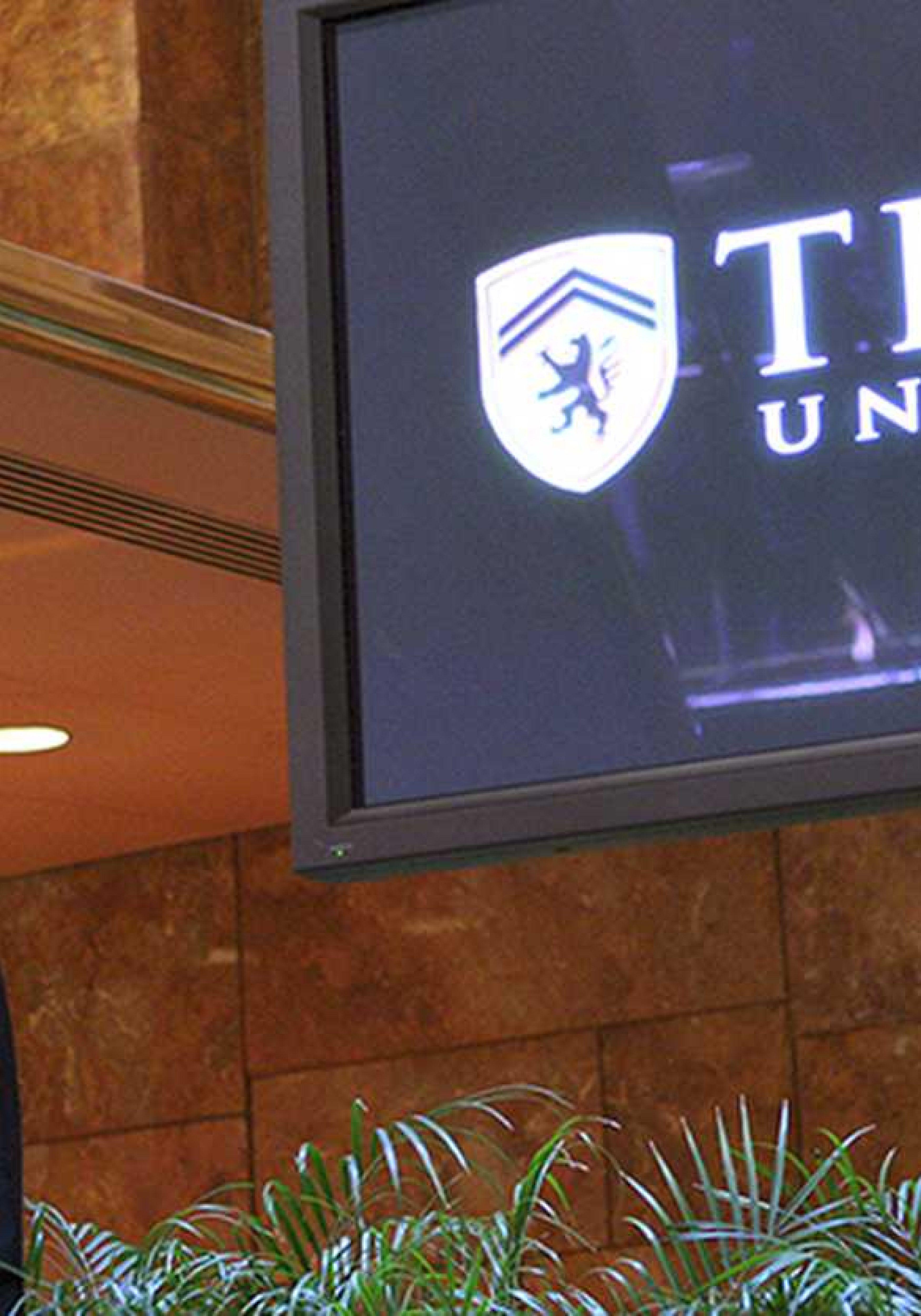 Trump-University-3500x5000.jpg