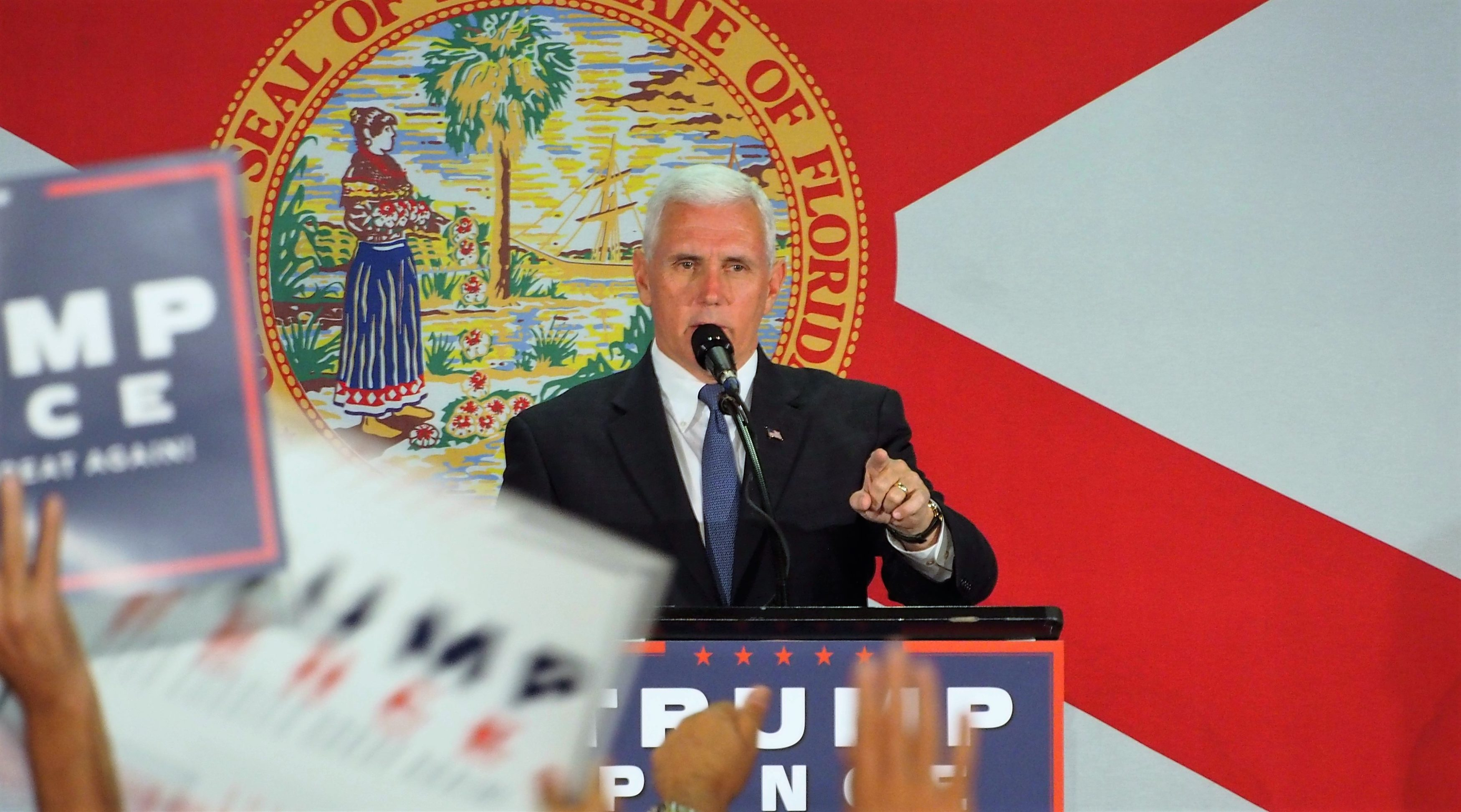 Mike-Pence-in-Cocoa-103116-3500x1946.jpg
