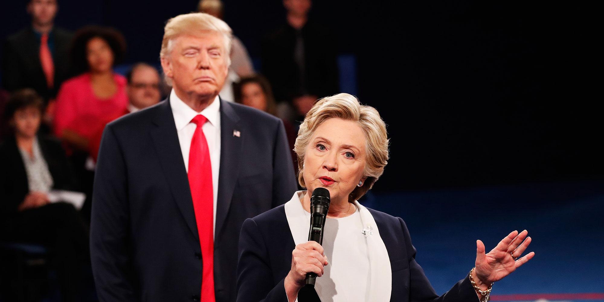 clinton-trump-debate2-1476064278.jpg