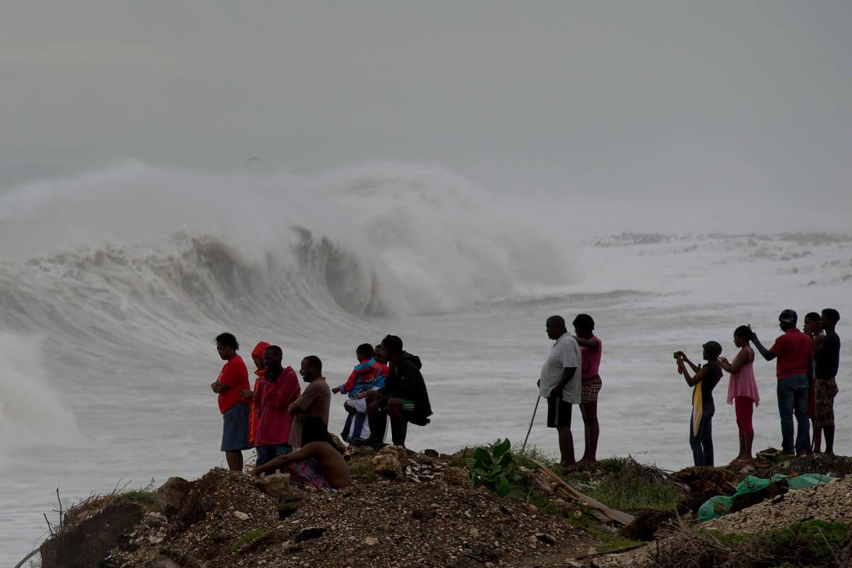 florida-evacuations-Broward-ap.jpg