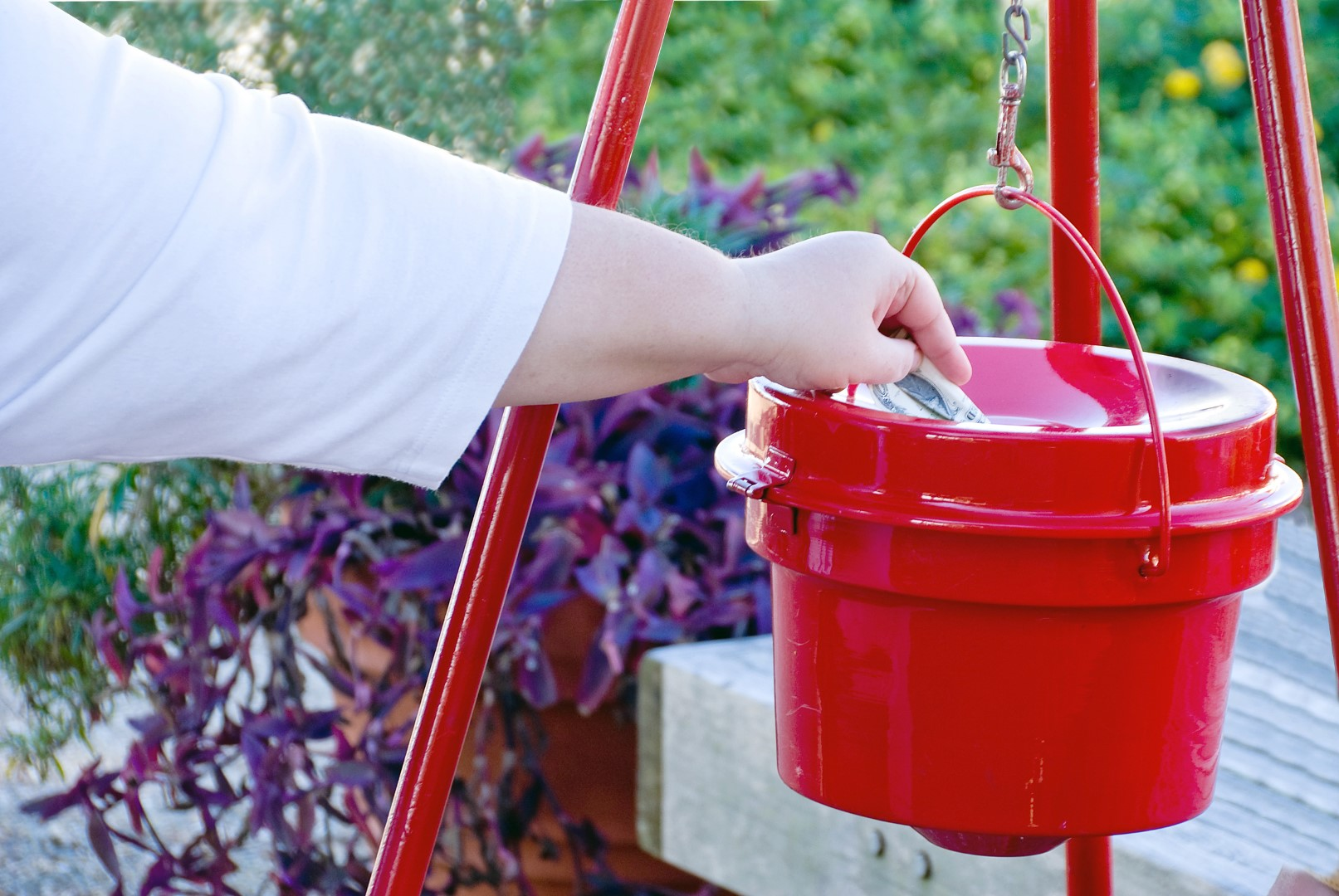 salvation-army-kettle-Large.jpg