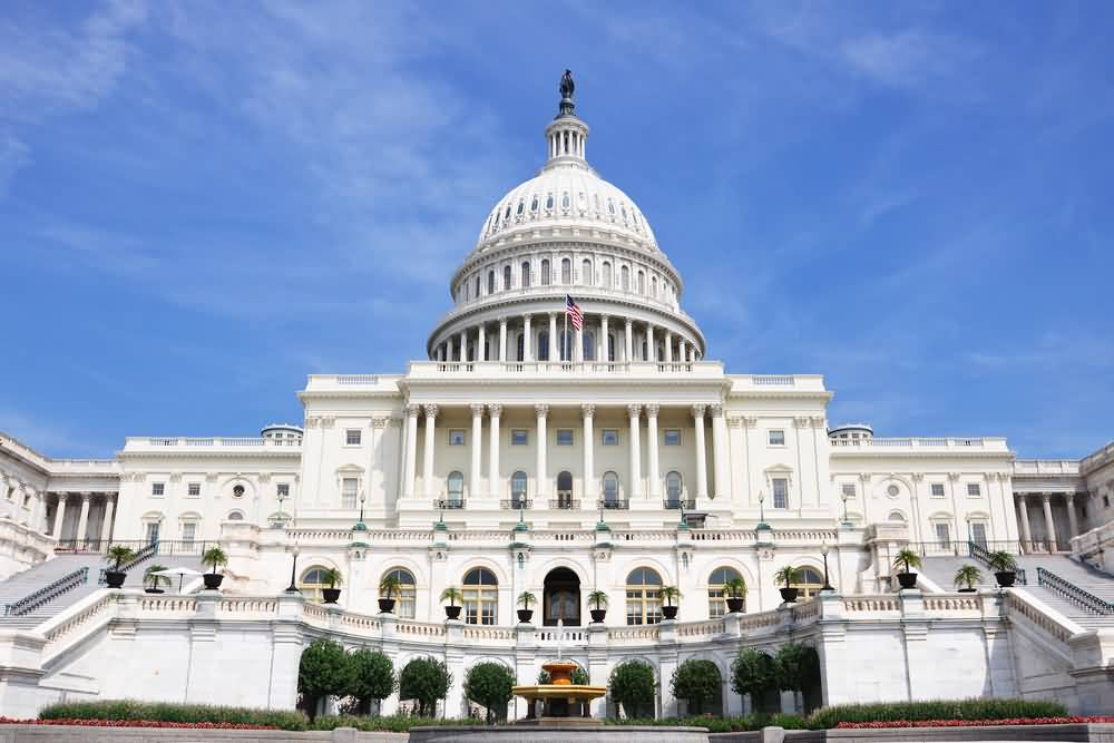 Front-Facade-Of-United-States-Capitol.jpg