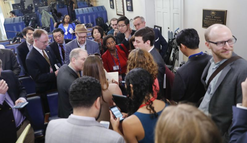 news organizations barred press gaggle