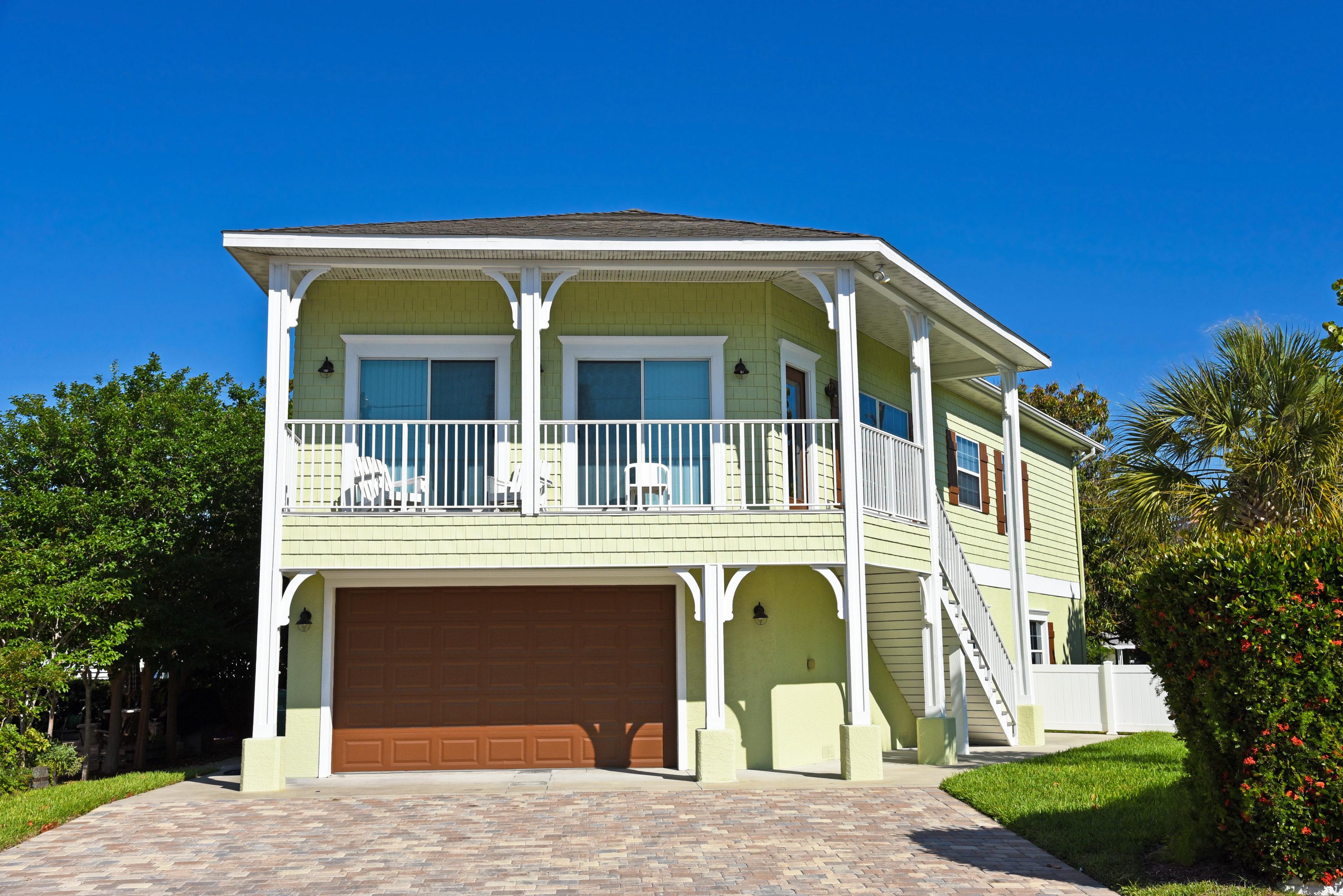 short-term-rentals-01.03-3500x2336.jpg