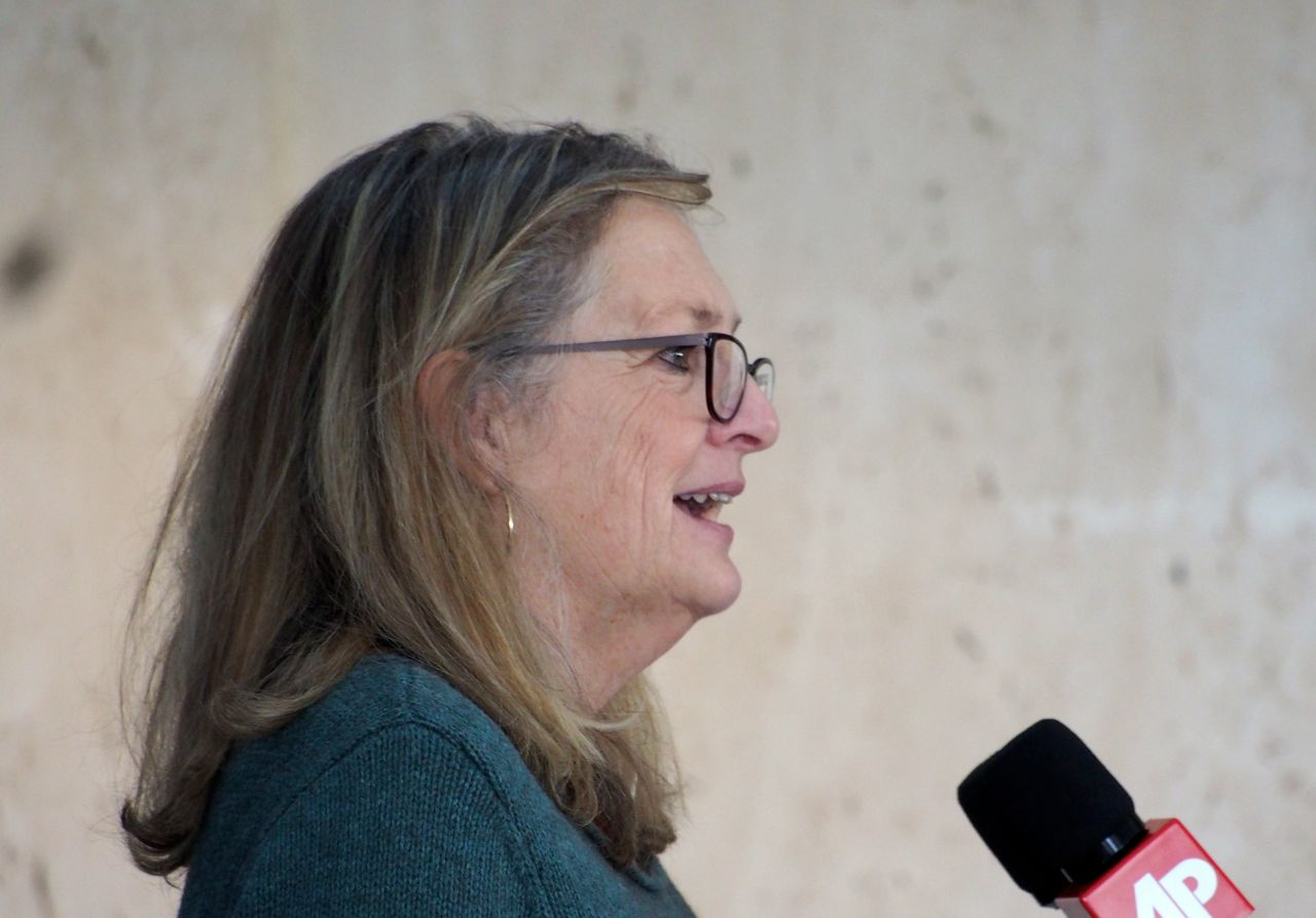 Barbara-Petersen-of-First-Amendment-Foundation.jpg