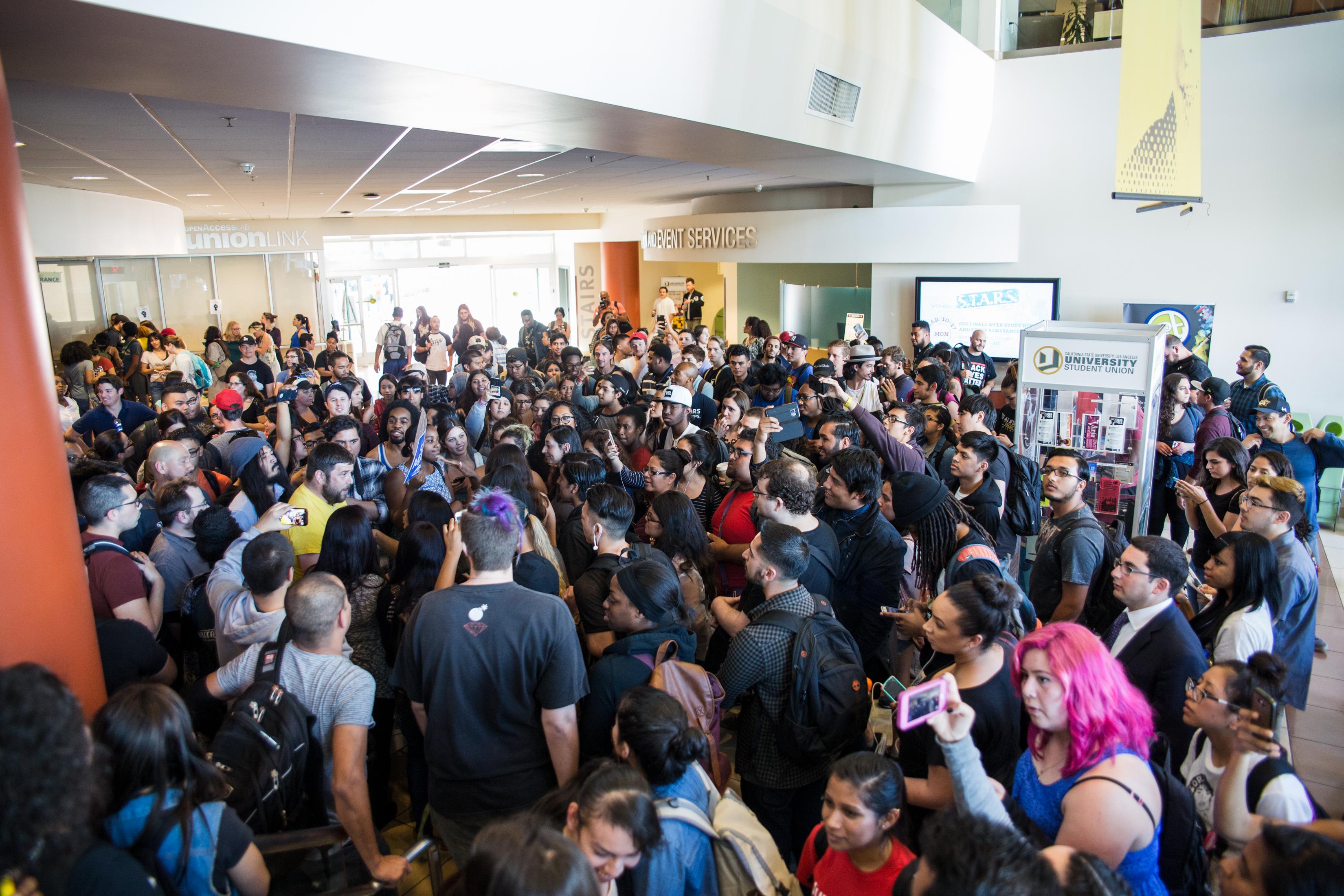 assault-on-conservative-speakers-at-American-universities.jpg