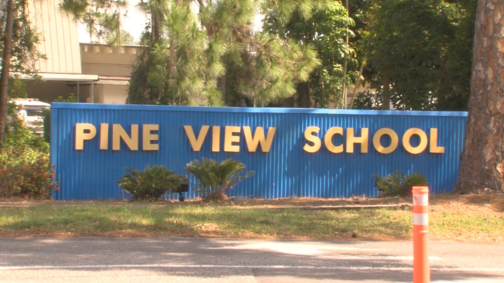 Pine-View-School.jpg