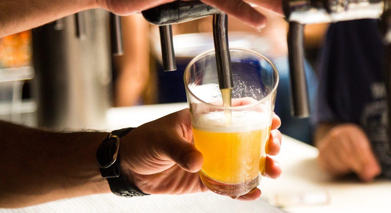 beer-2218900_1280-e1511370829961.jpg