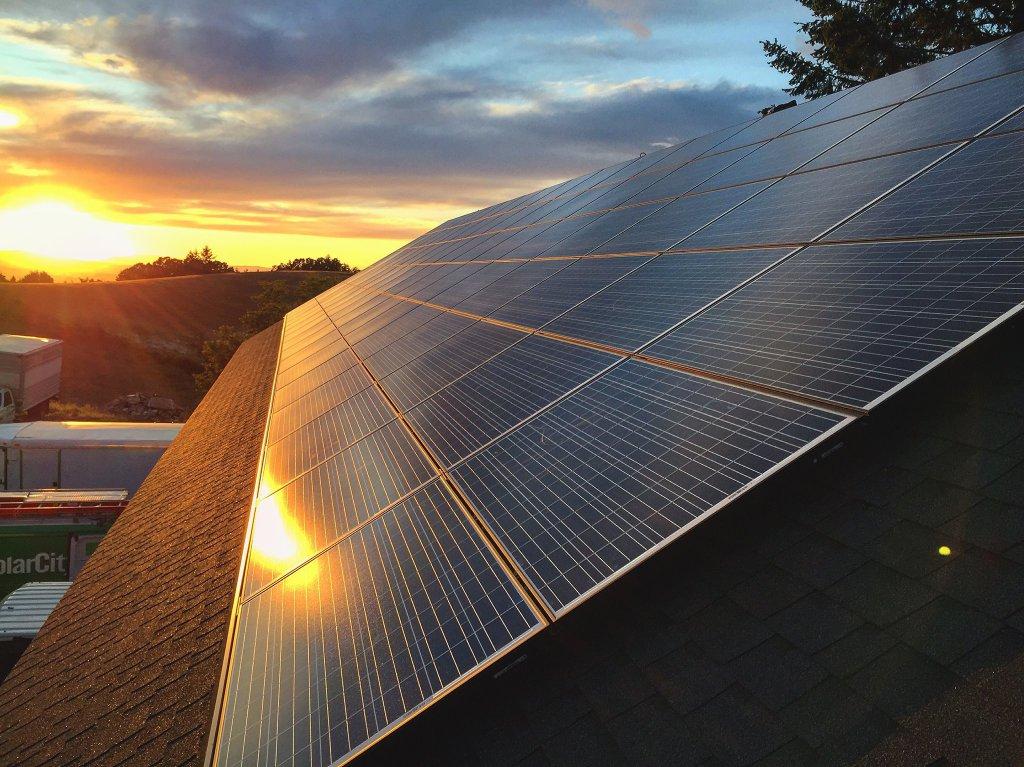 solar-tax-breaks.jpg