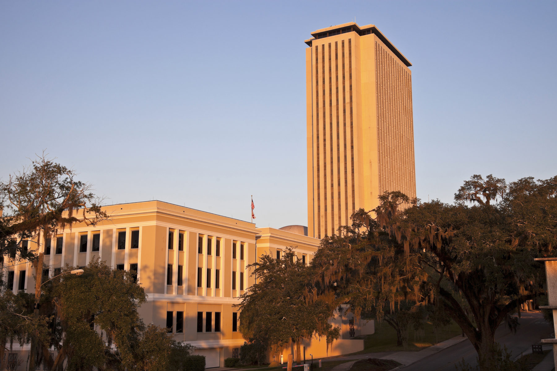 capitol-building-tallahassee-e1517588869683.jpeg
