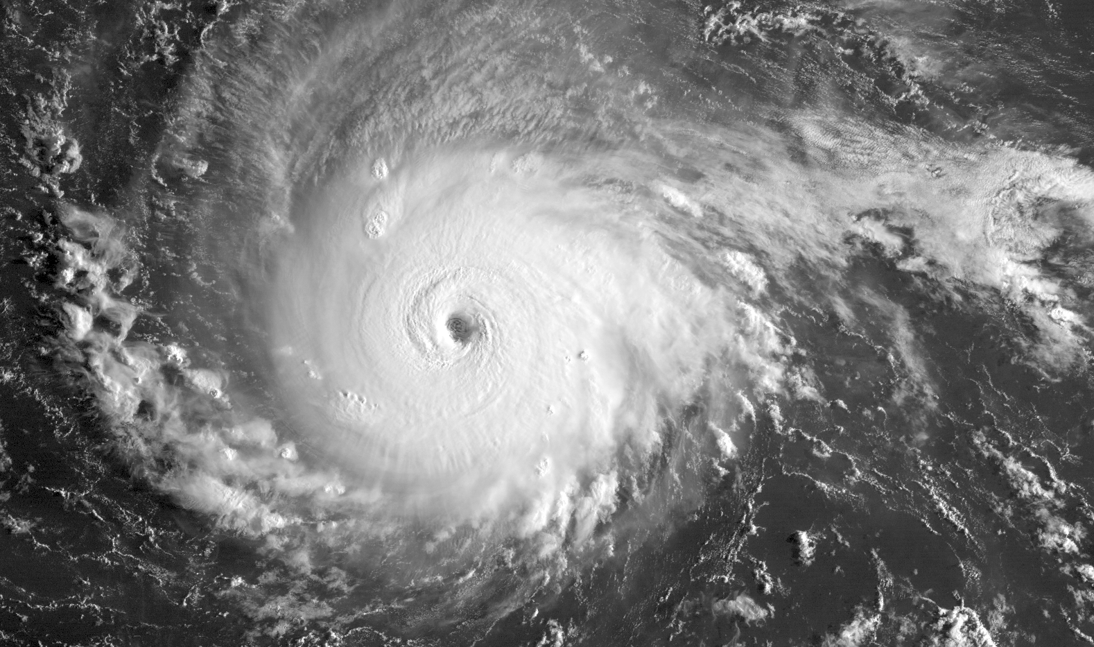 Irma_Geostationary_VIS-IR_2017.png