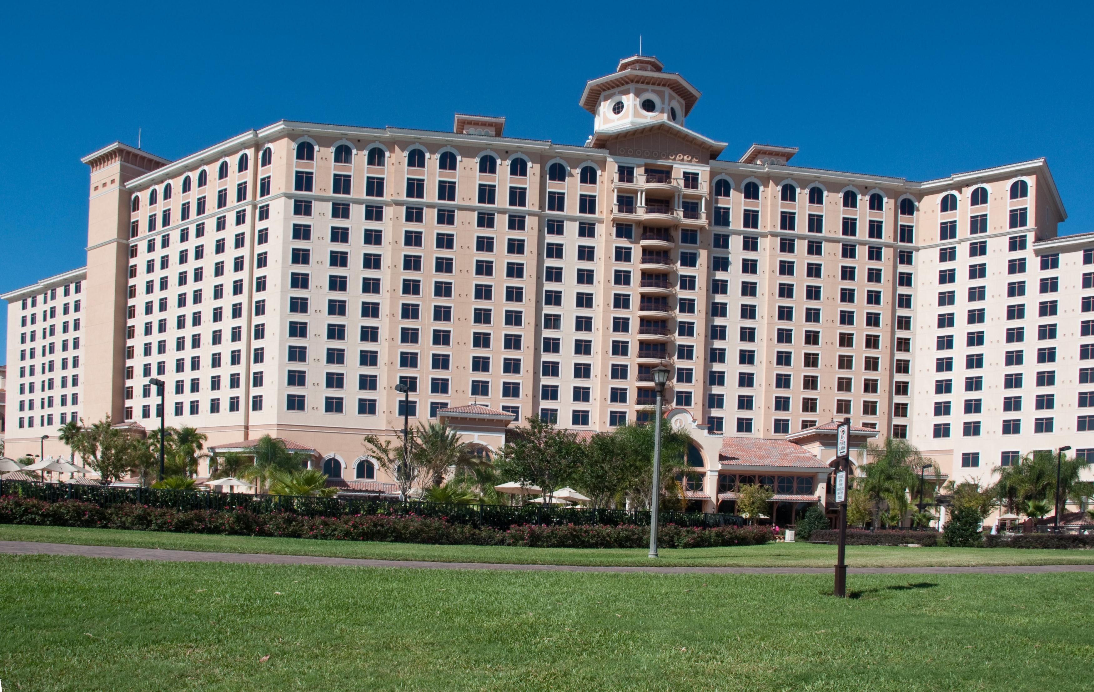 Rosen_Shingle_Creek_Hotel_Orlando_Florida_Nov._2009-3500x2214.jpg