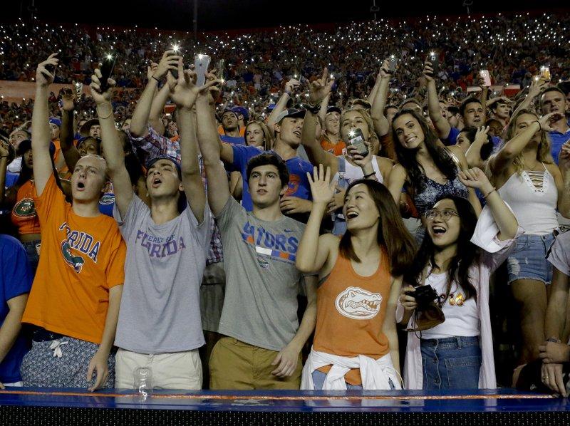 college-football-social-media.jpeg