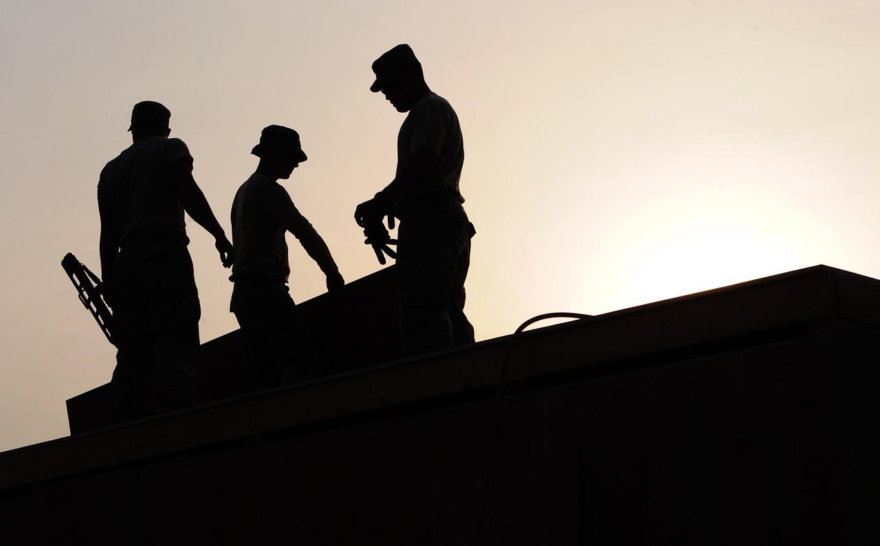 workers-659885_1280.jpg