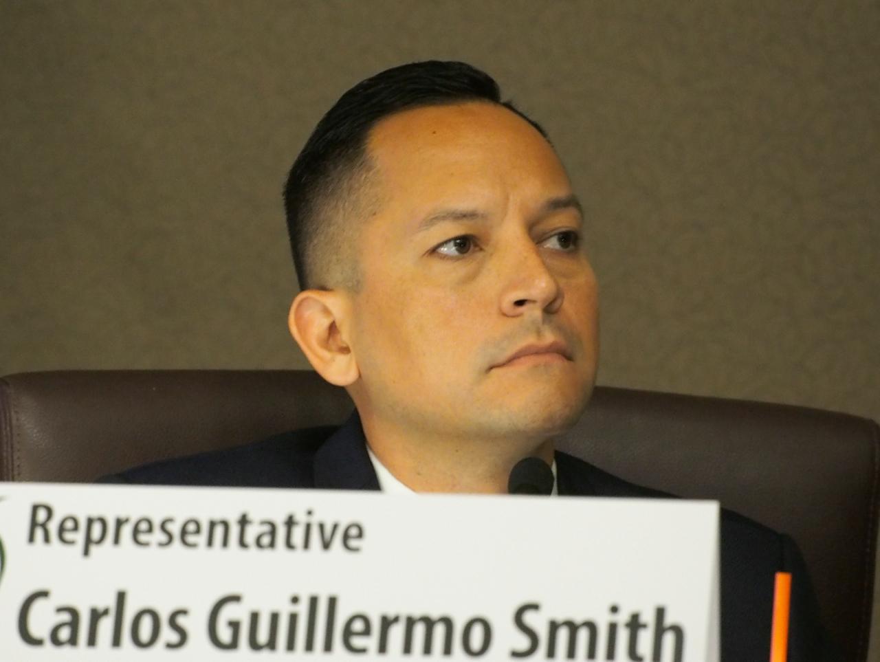 Carlos-Guillermo-Smith.jpg