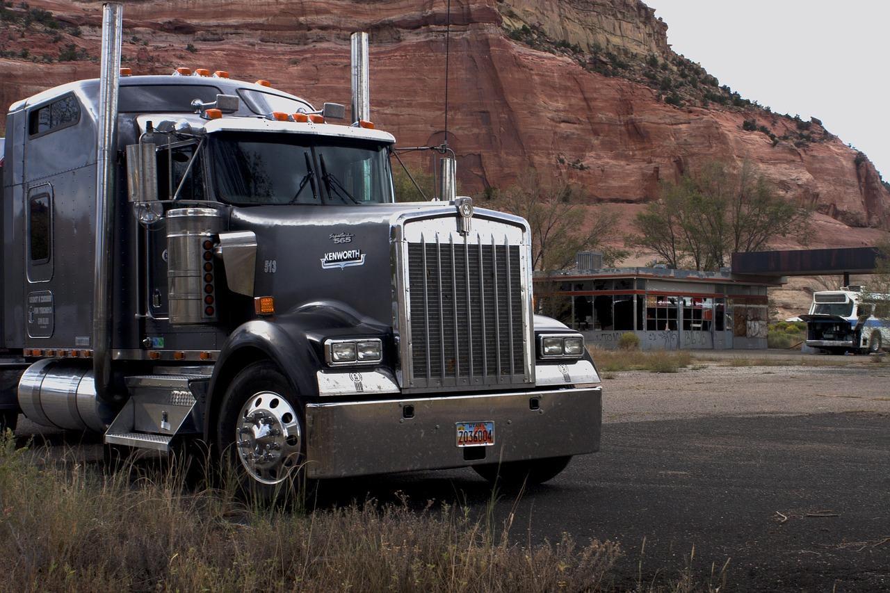 big-truck-1308606_1280.jpg