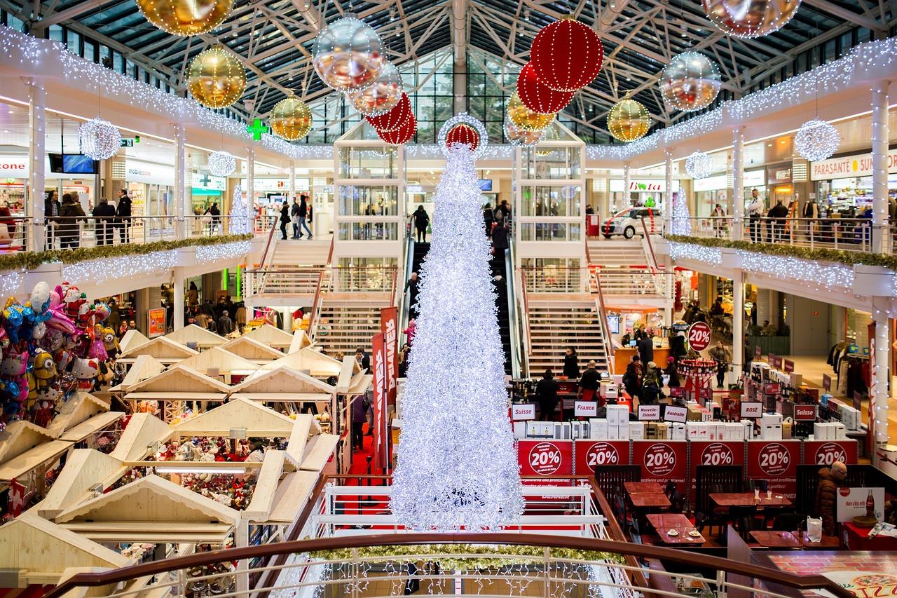 shopping-mall-2605815_1280.jpg