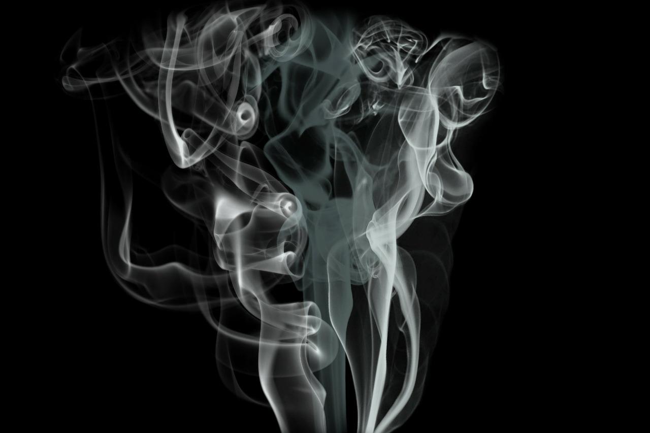 smoke-69124_1280.jpg