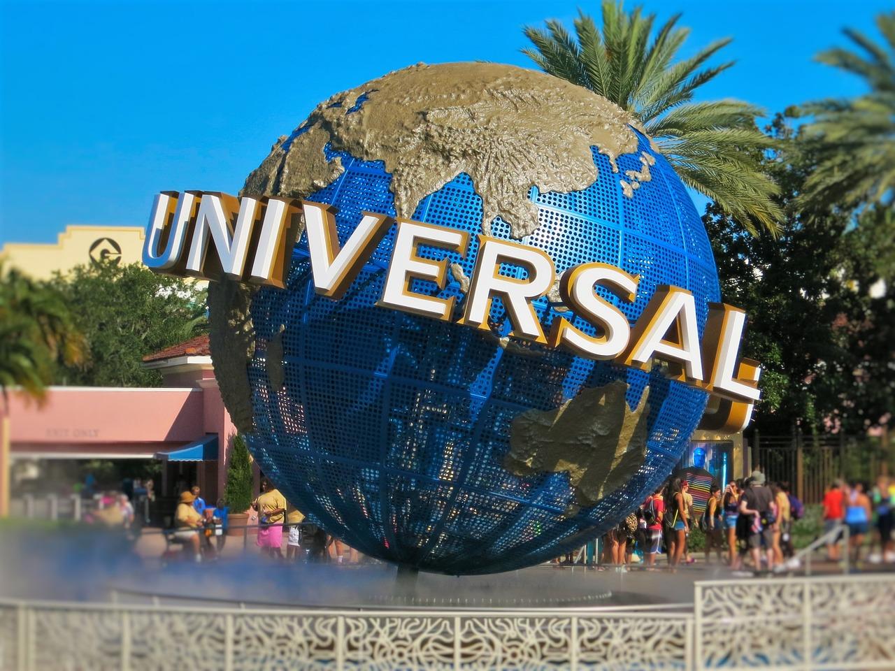 universal-studios-1640516_1280.jpg