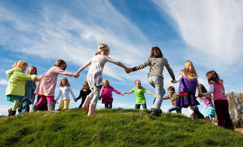 kids-playing-cropped.jpg