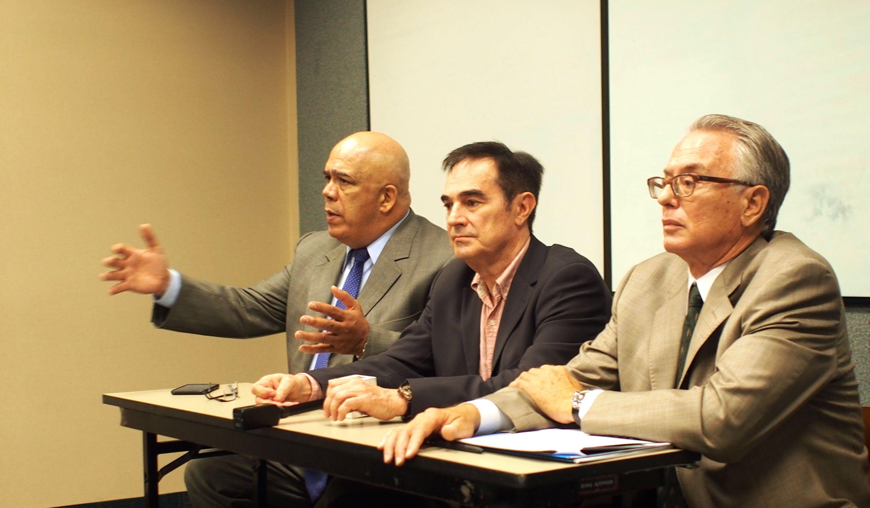 Venezuelan-exiles-Julio-Rodriguez-Carlos-Molina-Tamayo-Jean-Pierre-Chavet.jpg