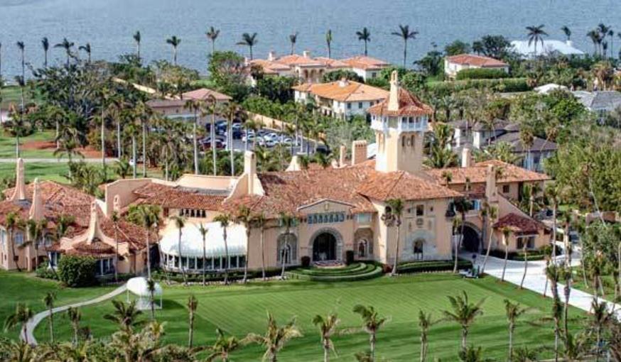 Trumps Cancel Mar A Lago Christmas Amid Shutdown
