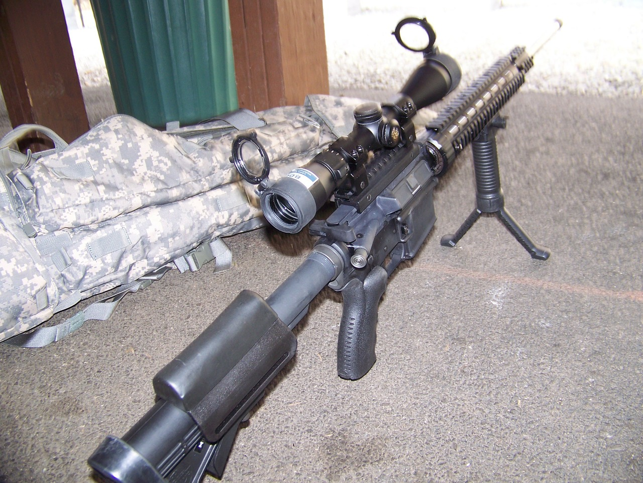 sniper-327403_1280.jpg