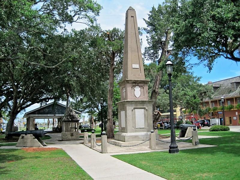 Monument-to-Confederate-Dead-Plaza-de-la-Constitución-St.-Augustine.jpg
