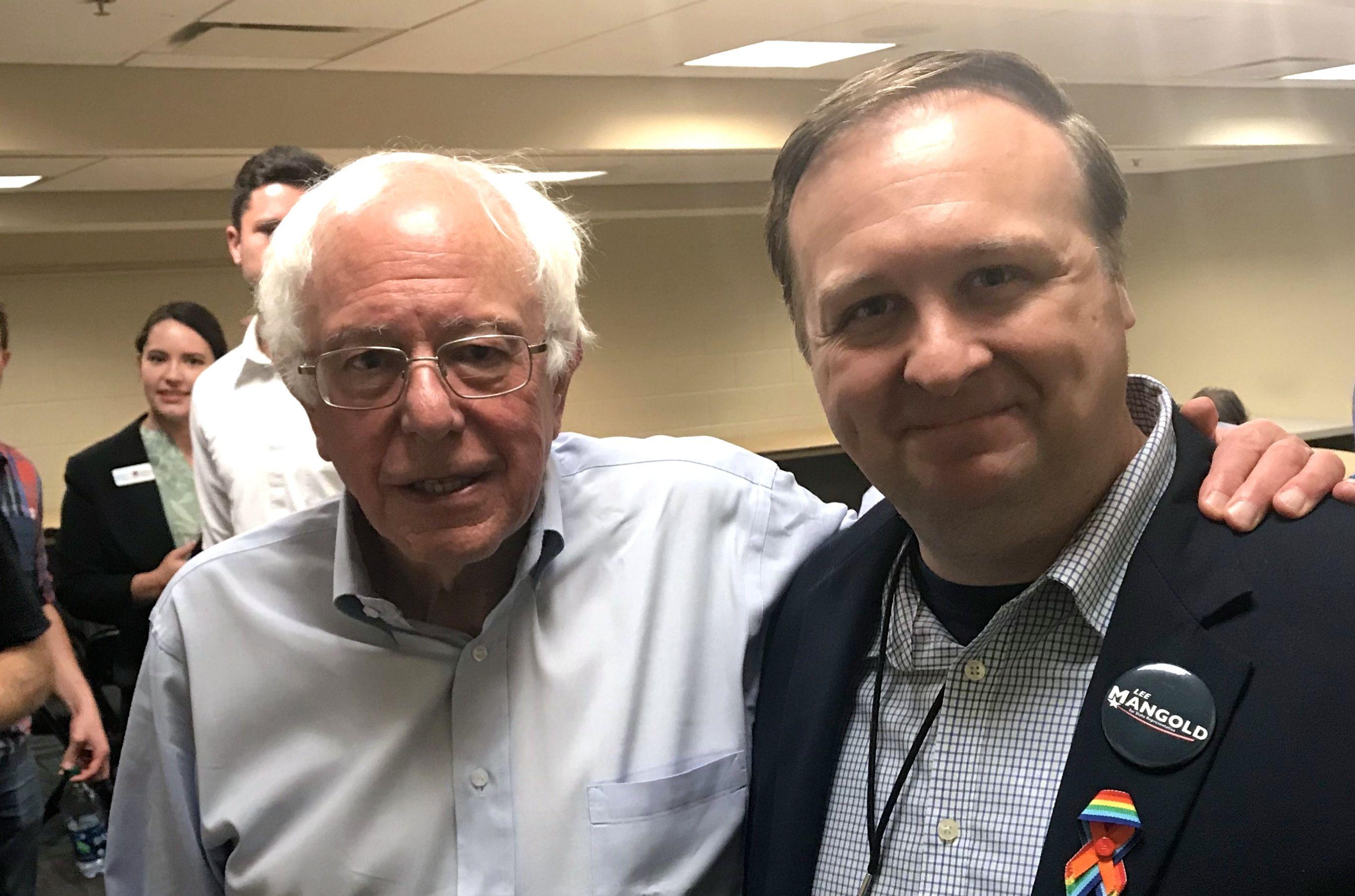 Bernie-Sanders-and-Lee-Mangold-2.jpg