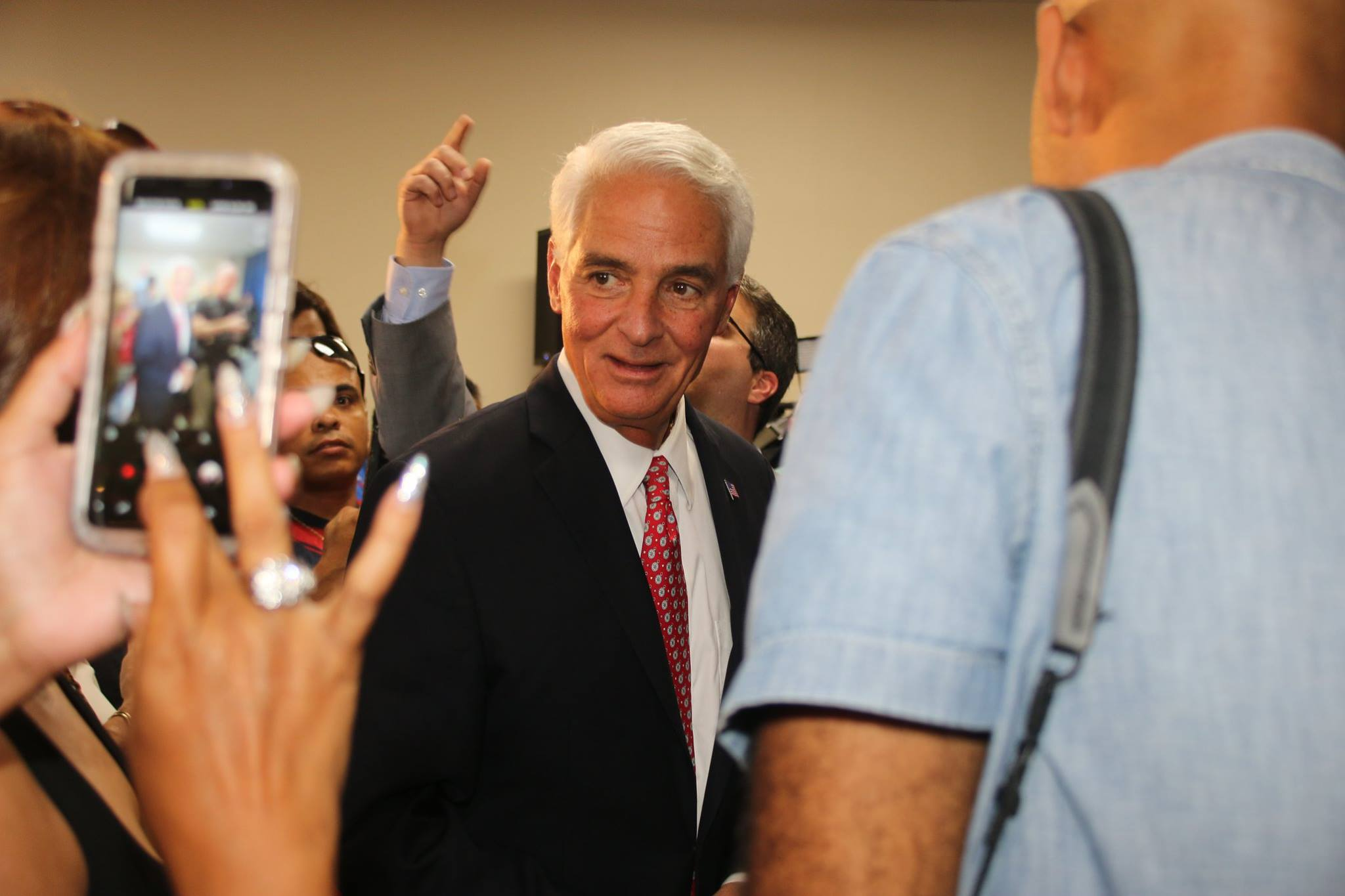 Charlie Crist picks USCG family for State of the Union.