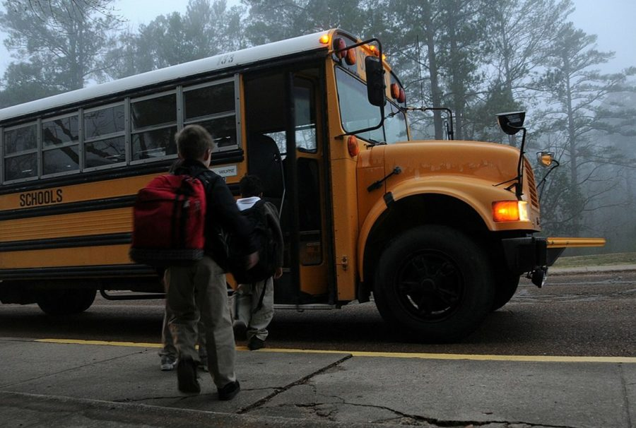 back-to-school-bus-183533_1280