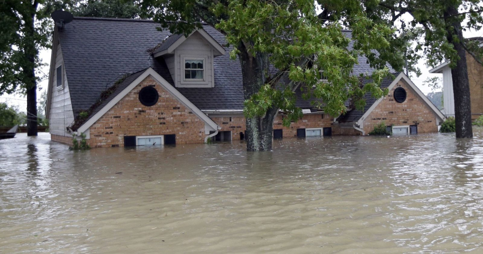 flooded-homes-e1572903087319.jpg