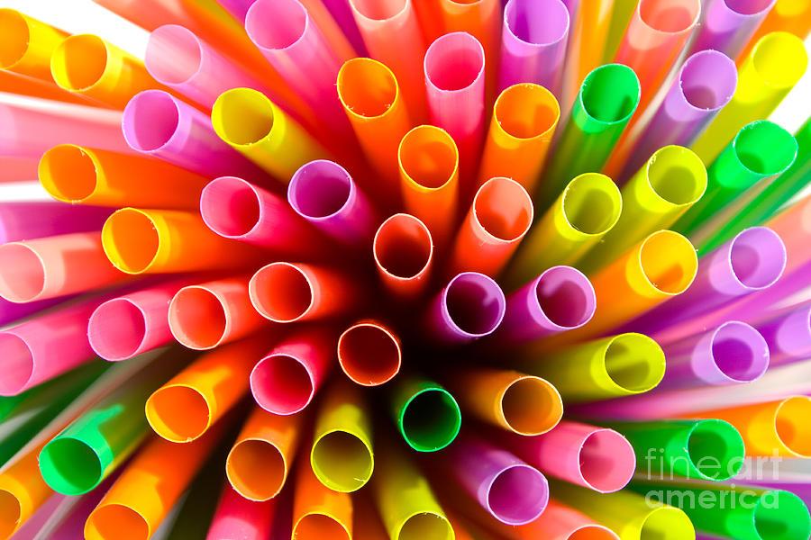 plastic-drinking-straws-macro-tomislav-zivkovic.jpg