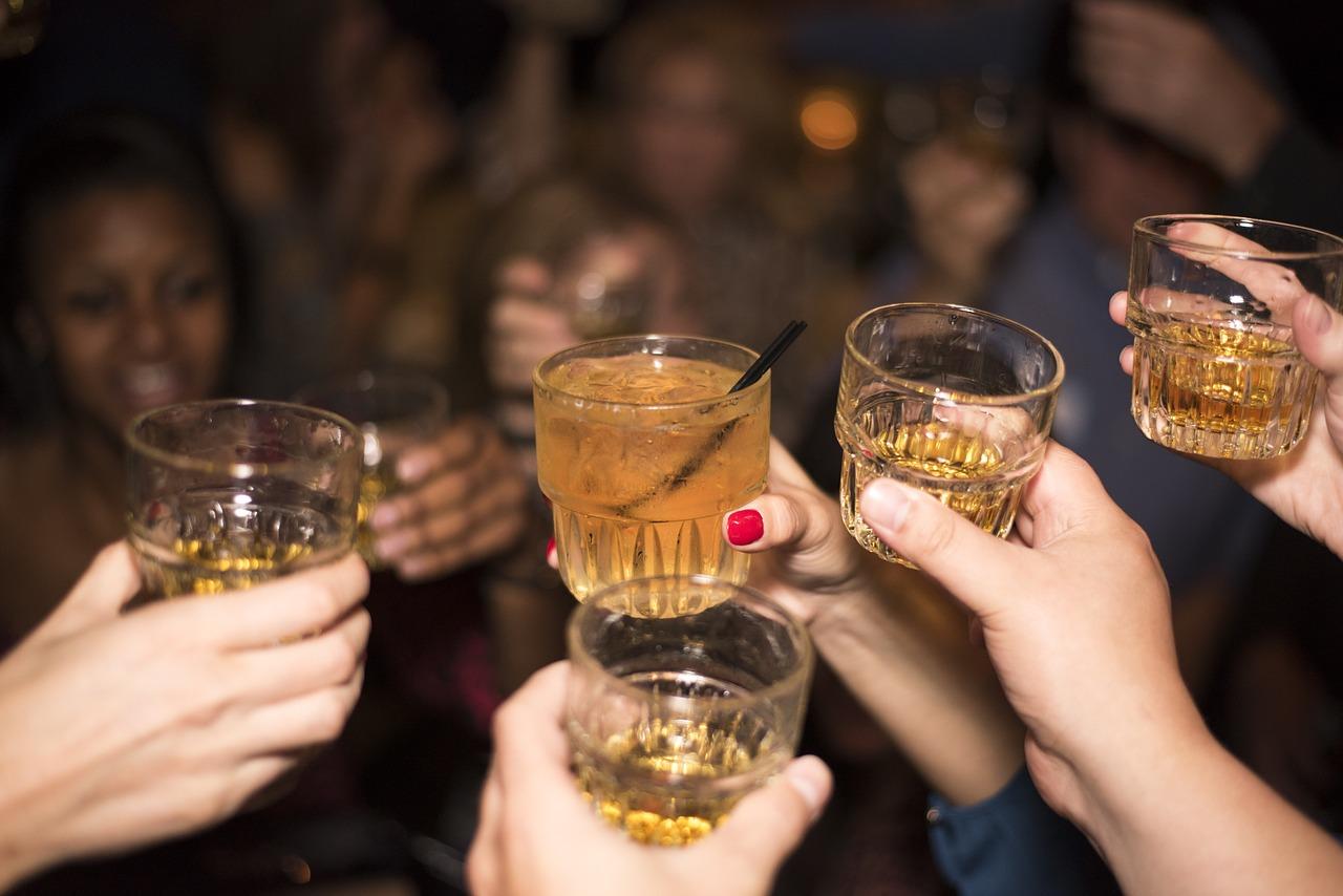 alcohol-492871_1280.jpg