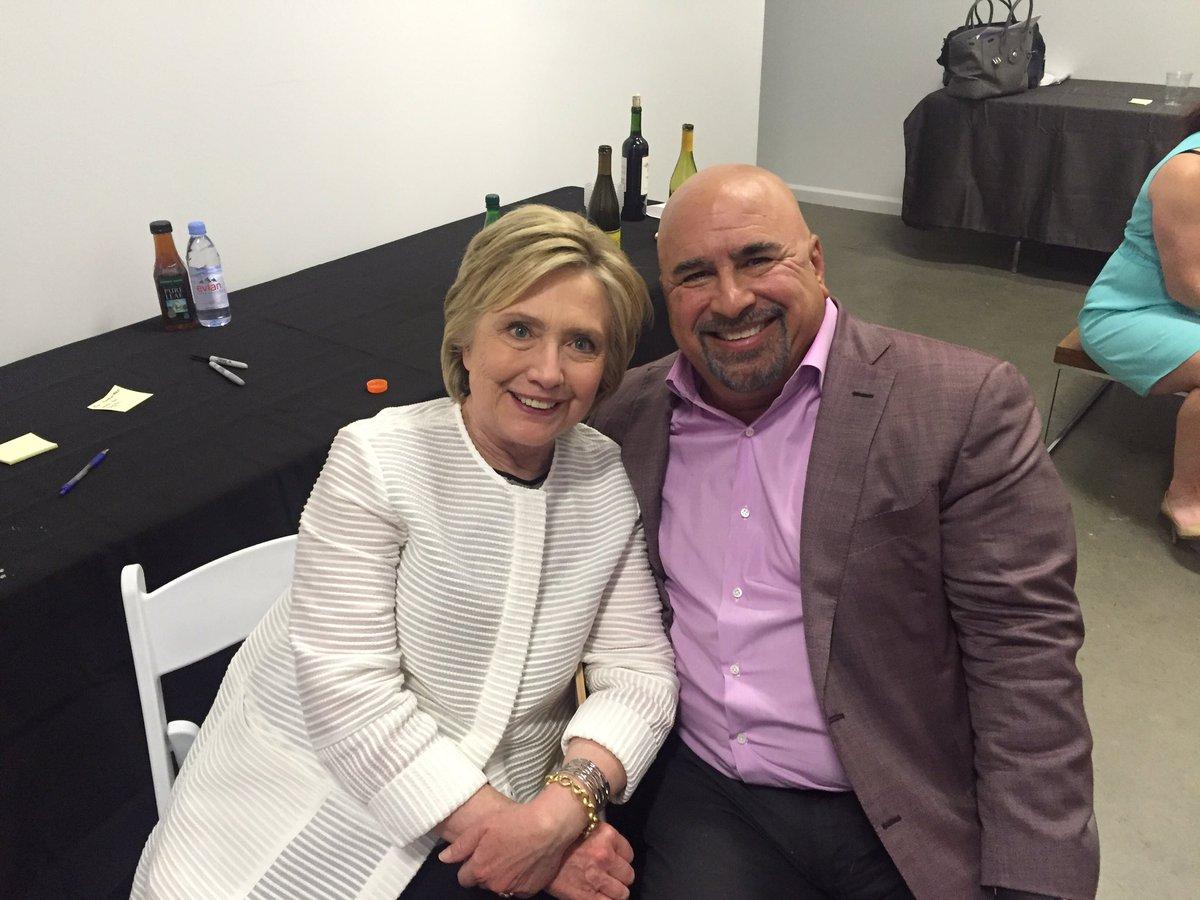 Korge-and-Clinton.jpg
