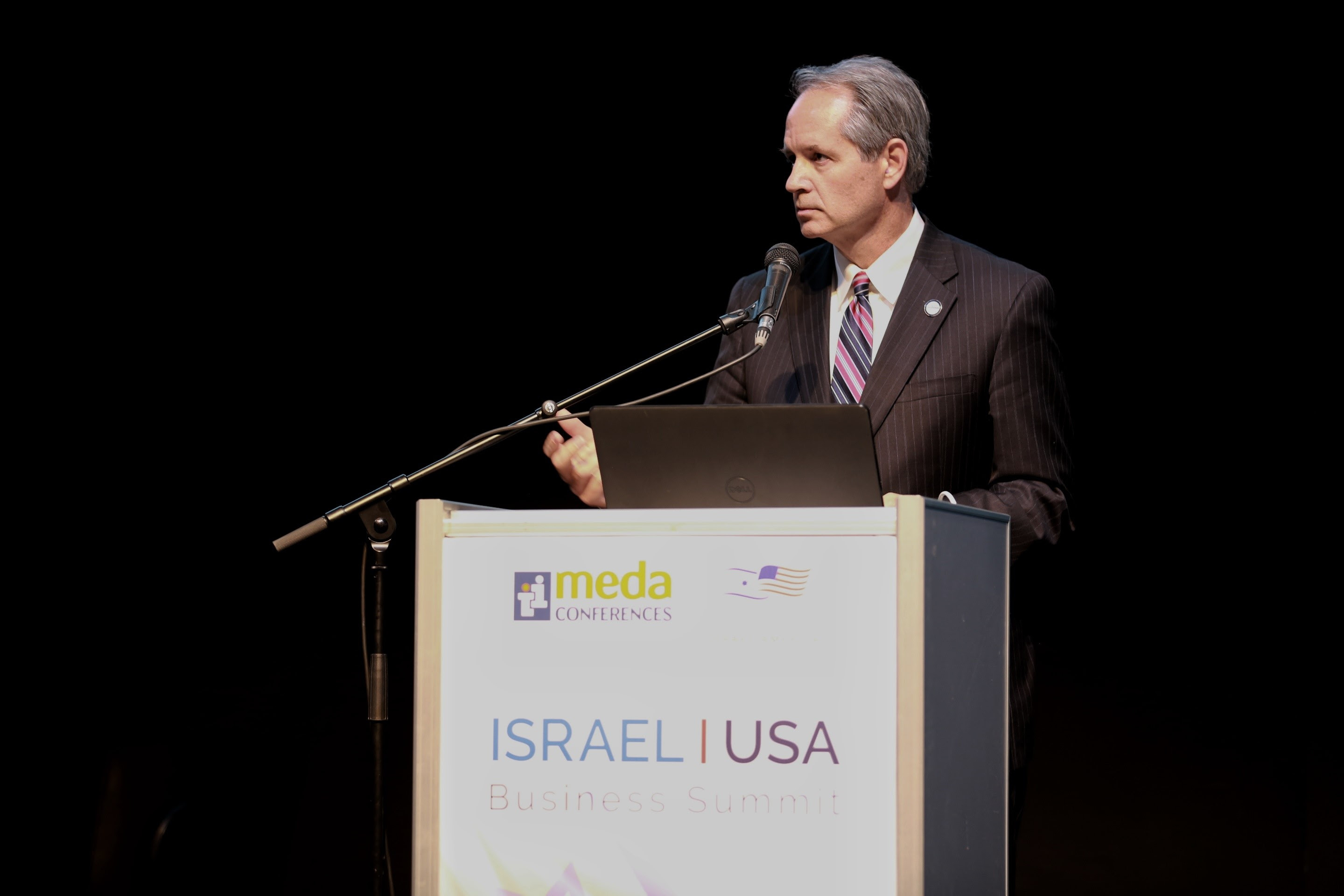 Mark Wilson of the Florida Chamber speaking in Israel